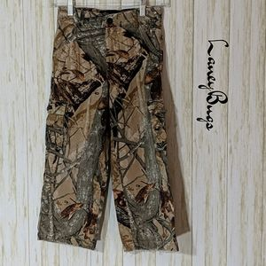Outfitters ridge camouflage pants size medium